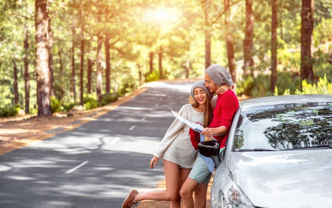 Zwiedzanie Polski samochodem z wypożyczalni – o czym pamiętać?