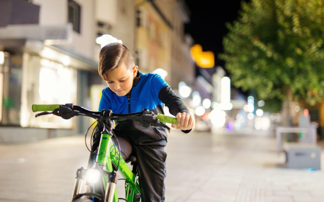 Oświetlenie rowerowe – co mówią przepisy?
