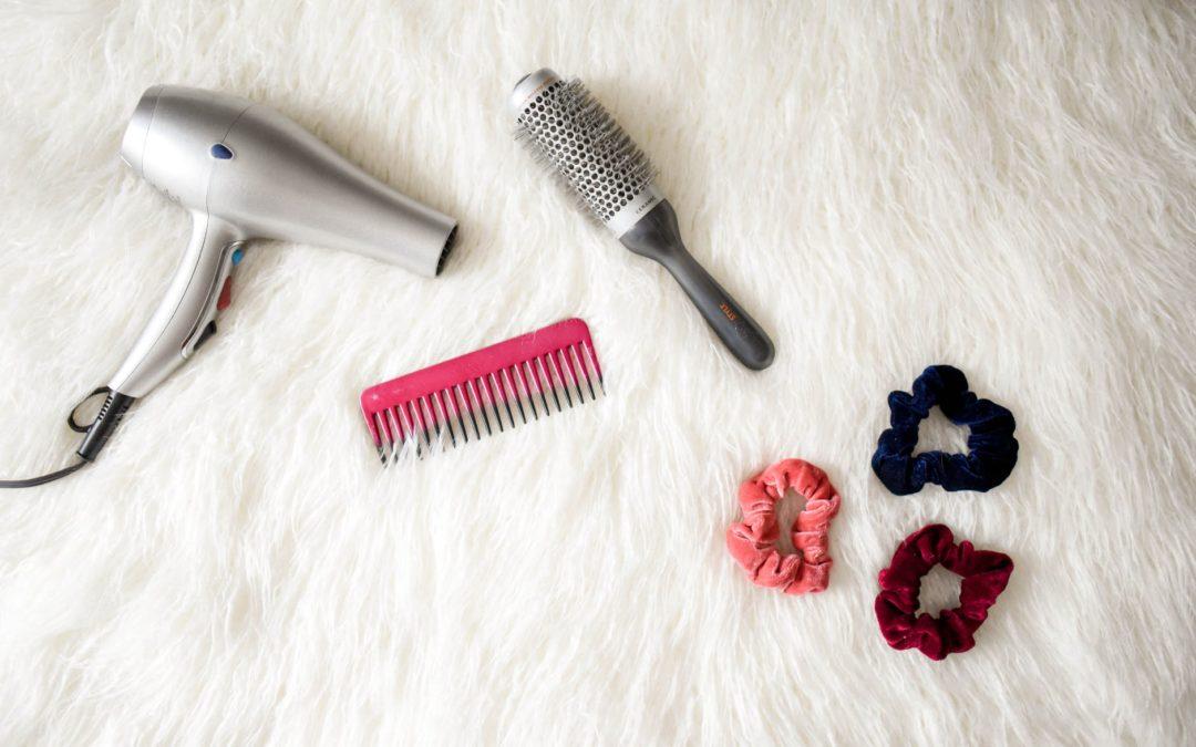 Do czego służy elektryczna szczotka do włosów i dlaczego warto ją kupić?