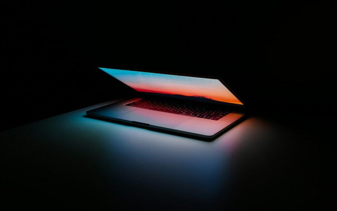 MacBook Pro 16 i Pro M1 plus akcesoria – co wybrać?